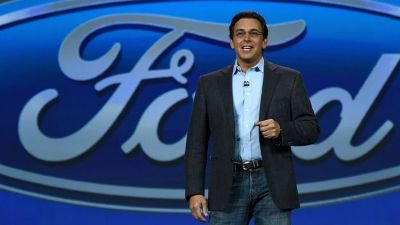 Ford replaces CEO as profits slide